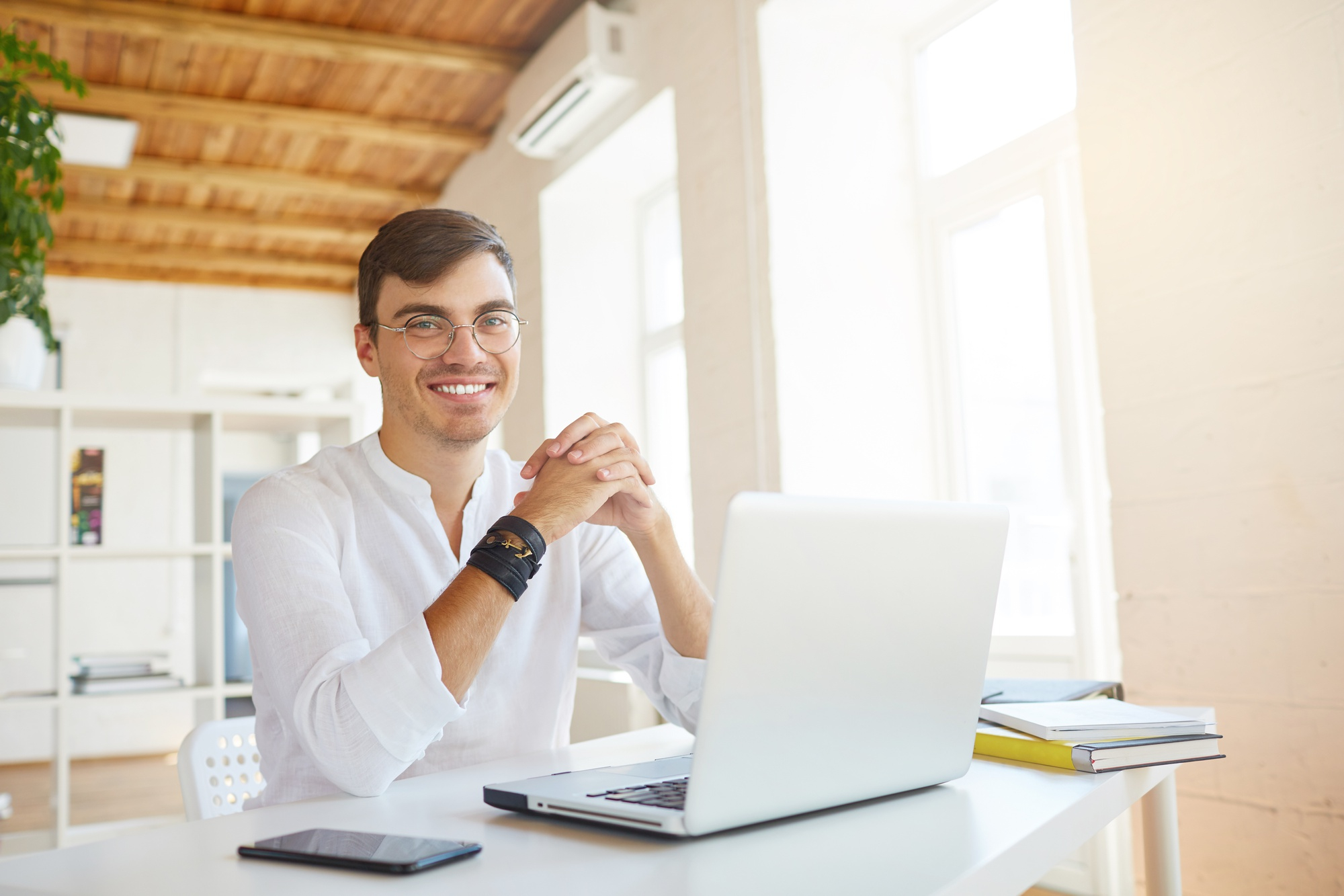 Setting the stage for your online meeting
